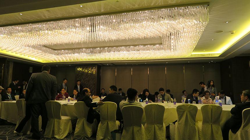 동대는 초대에 응해 파키스탄 경제무역 협력 상담회에 참석
